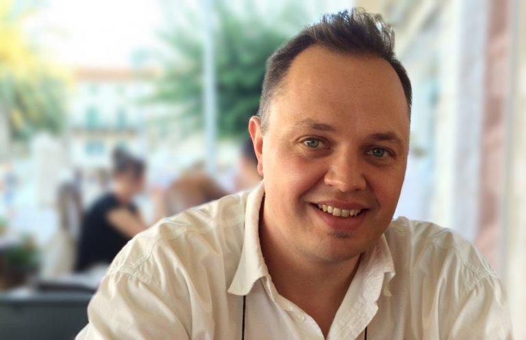 Robert Sari